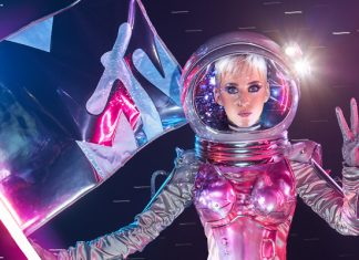 Katy Perry Hosts MTV Video Music Awards 2017
